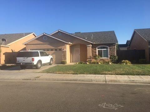 5333 W Norwich Ave, Fresno, CA 93722