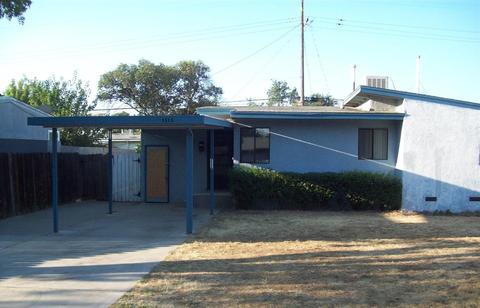 1613 W Griffith Way, Fresno, CA 93705