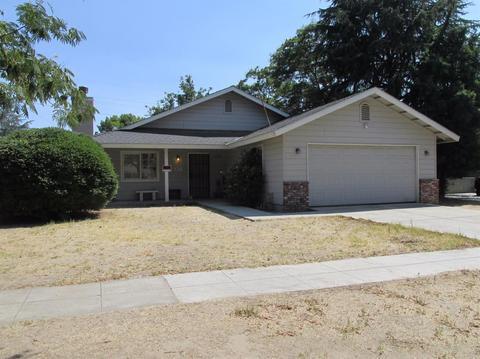1747 W Dayton Ave, Fresno, CA 93705