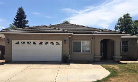 5559 W Cromwell Ave, Fresno, CA 93722
