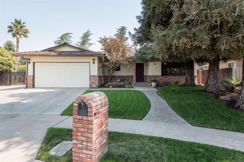 6748 N Harrison Ave, Fresno, CA 93711