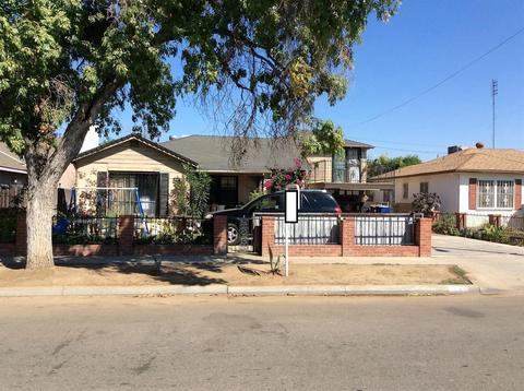 3043 E Weldon Ave, Fresno, CA 93703