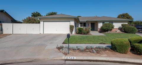6749 N Farris Ave, Fresno, CA 93711