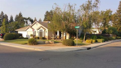 1810 N Jasmine Ave, Reedley, CA 93654