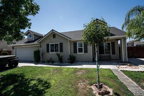 5803 E Garrett Ave, Fresno, CA 93727