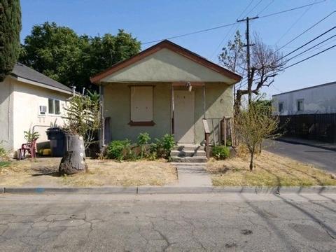 114 Clinton St, Madera, CA 93638