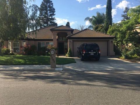 3505 W Vartikian Ave, Fresno, CA 93711