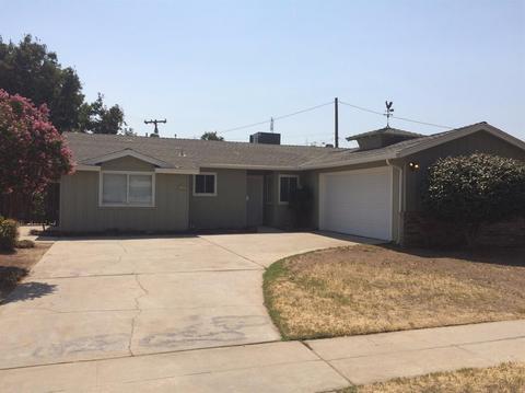 3922 E Holland Ave, Fresno, CA 93726