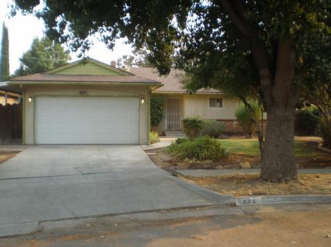 645 E Scott Ave, Fresno, CA 93710