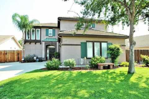 5668 N Blythe Ave, Fresno, CA 93722