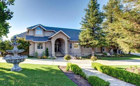 5700 E Appaloosa Ave, Clovis, CA 93619