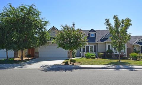 6893 E Andrews Ave, Fresno, CA 93727