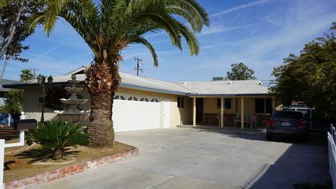 1734 W Terrace Ave, Fresno, CA 93705