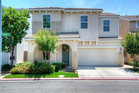 4687 W Naomi Way, Fresno, CA 93722