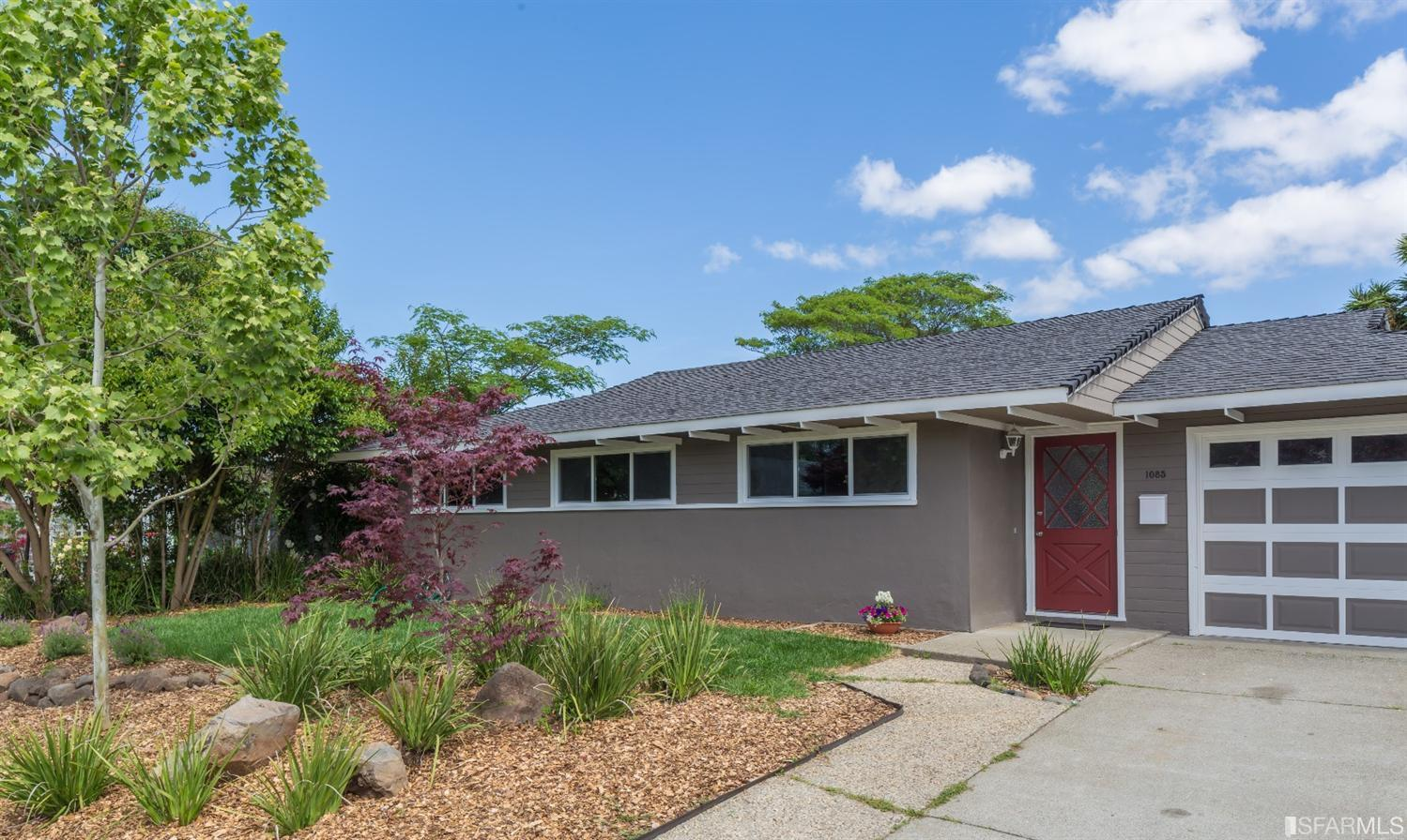 1085 Judson Dr, Mountain View, CA