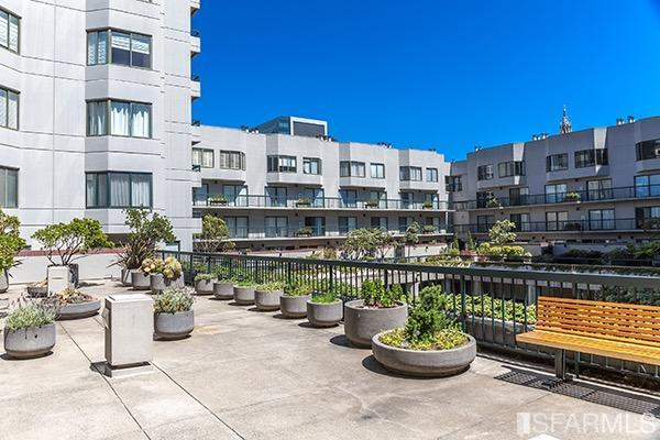601 Van Ness Ave #301 San Francisco, CA 94102