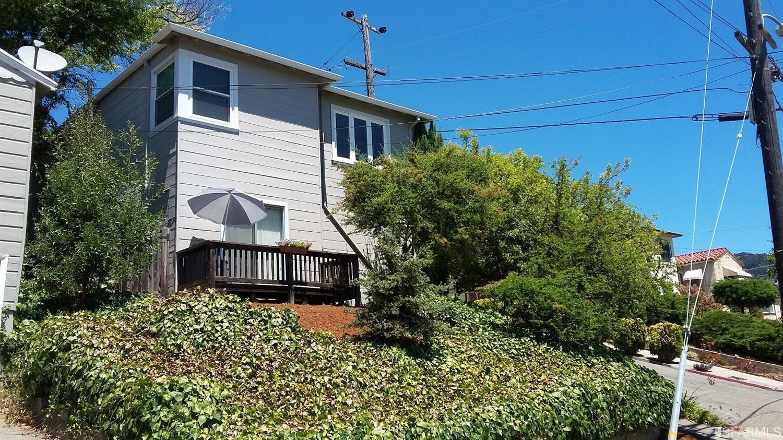 4395 Albert Street, Oakland, CA 94619