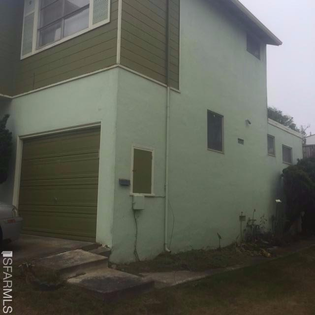 628 Foothill Drive, Pacifica, CA 94044