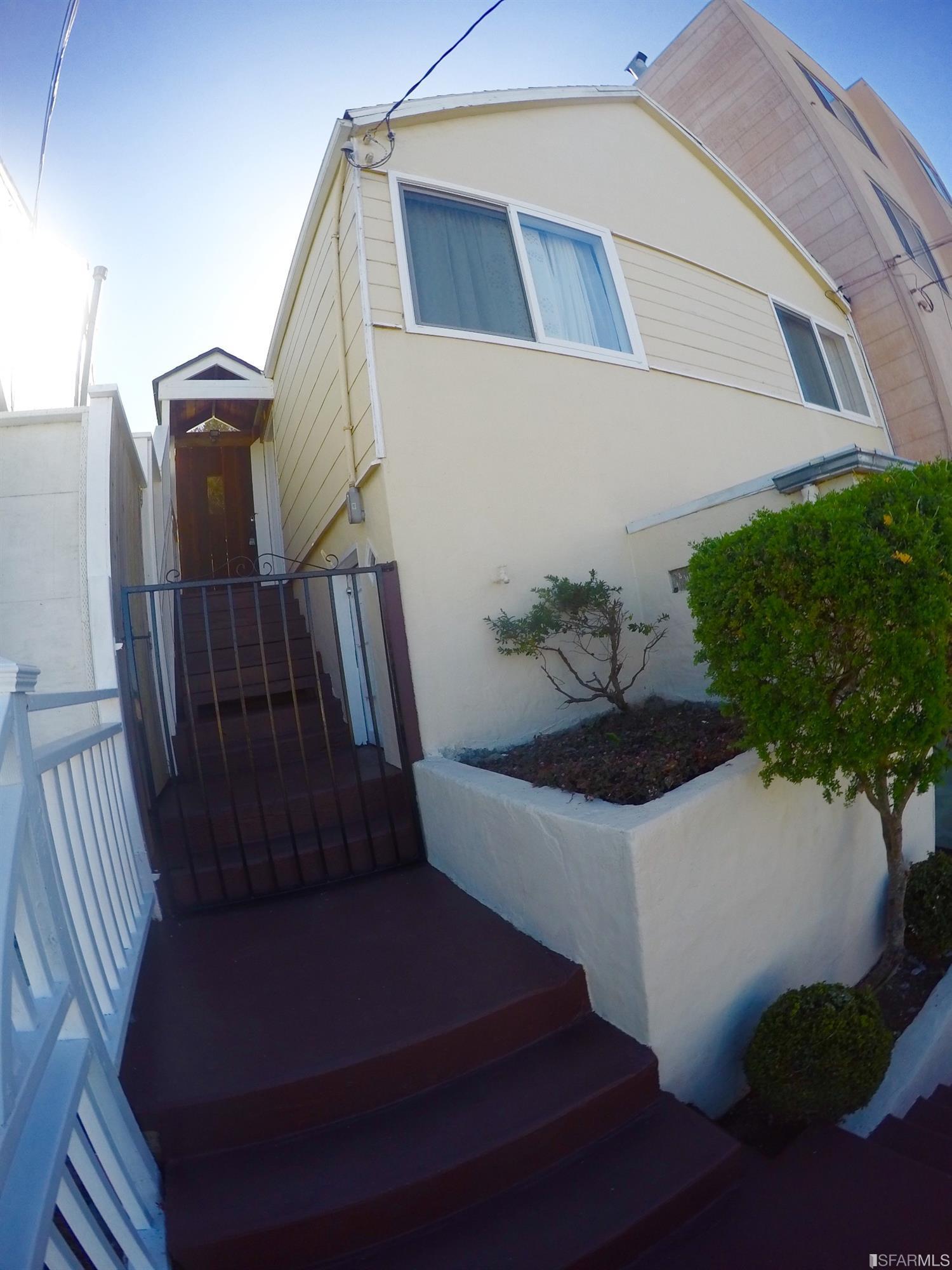 419 Lakeview Avenue, San Francisco, CA 94112