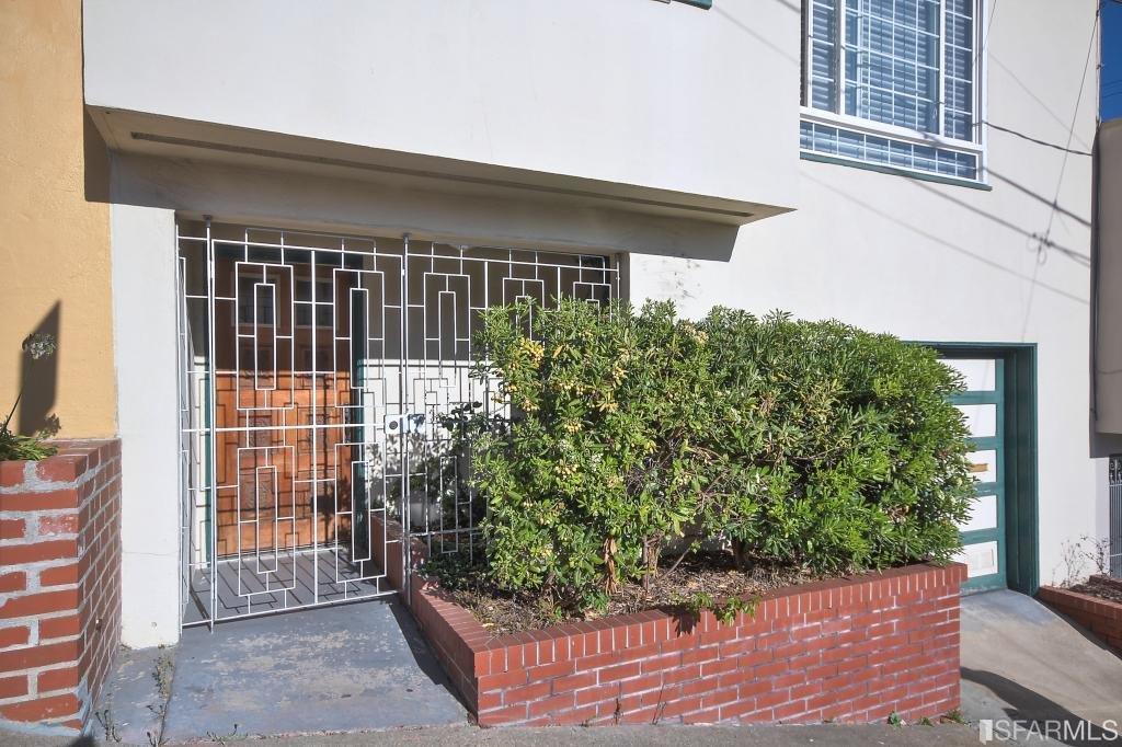 1387 Goettingen, San Francisco, CA 94134