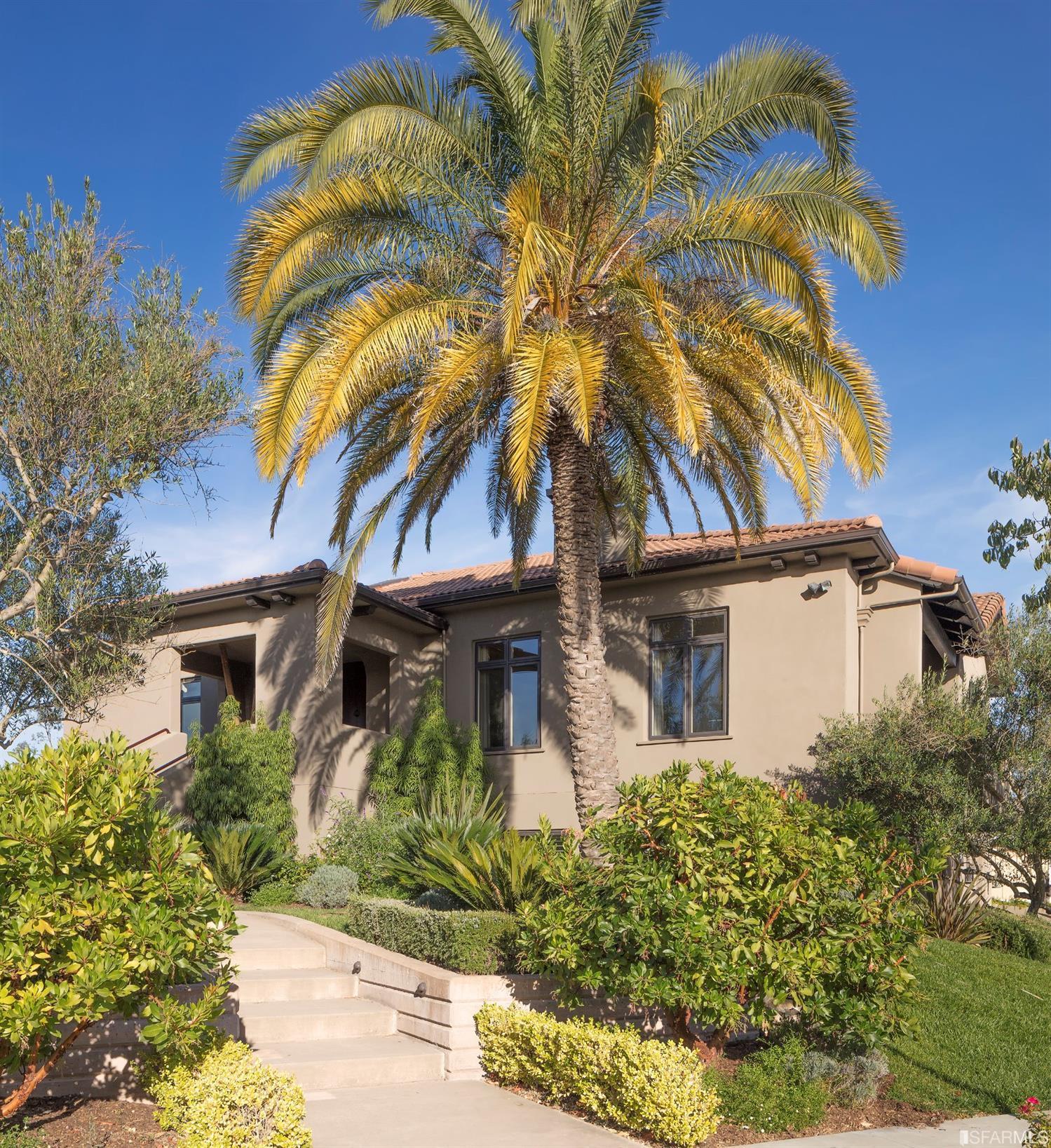5685 Eastlake Drive, Santa Rosa, CA 95409