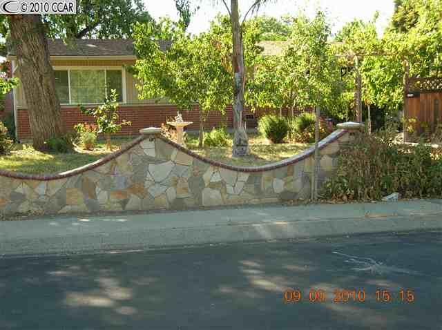 1251 Evergreen Dr, Concord, CA