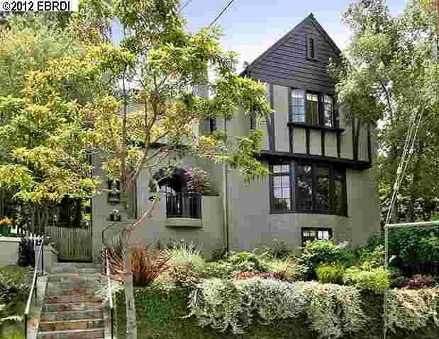 1349 Barrows Rd, Oakland, CA 94610