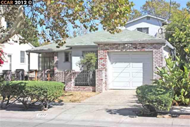1377 Pine St, Pittsburg, CA