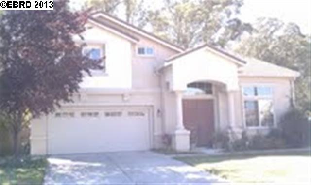 827 Meadow West Ct, San Pablo, CA