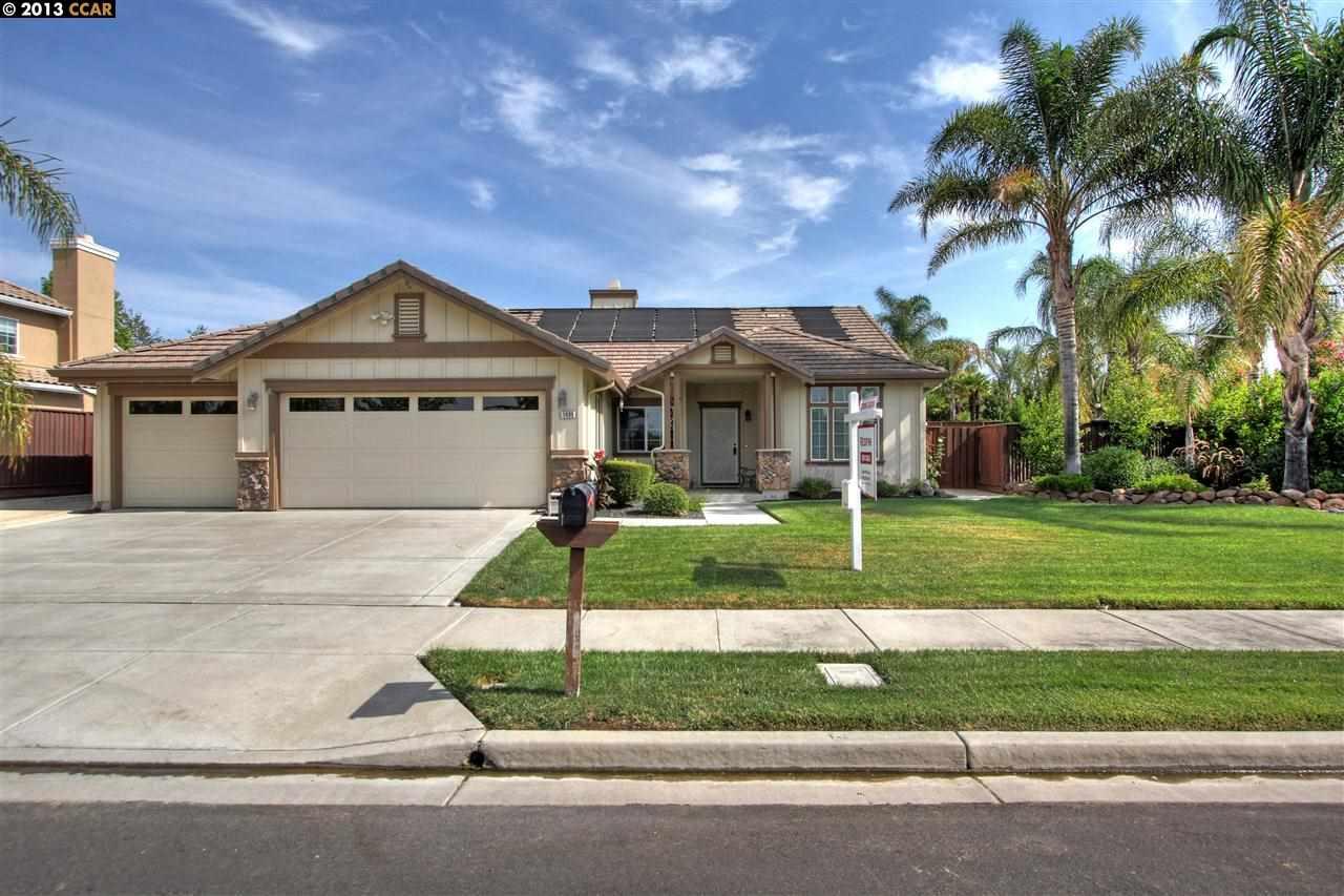 1499 Buena Vista St, Brentwood, CA