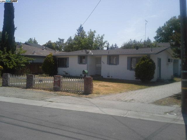 1745 Hull Ave, Redwood City, CA 94061
