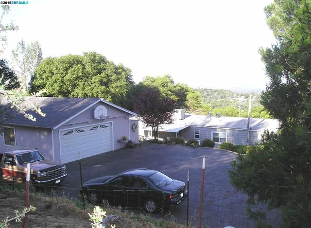 42 Peak View Dr, Oroville, CA 95966