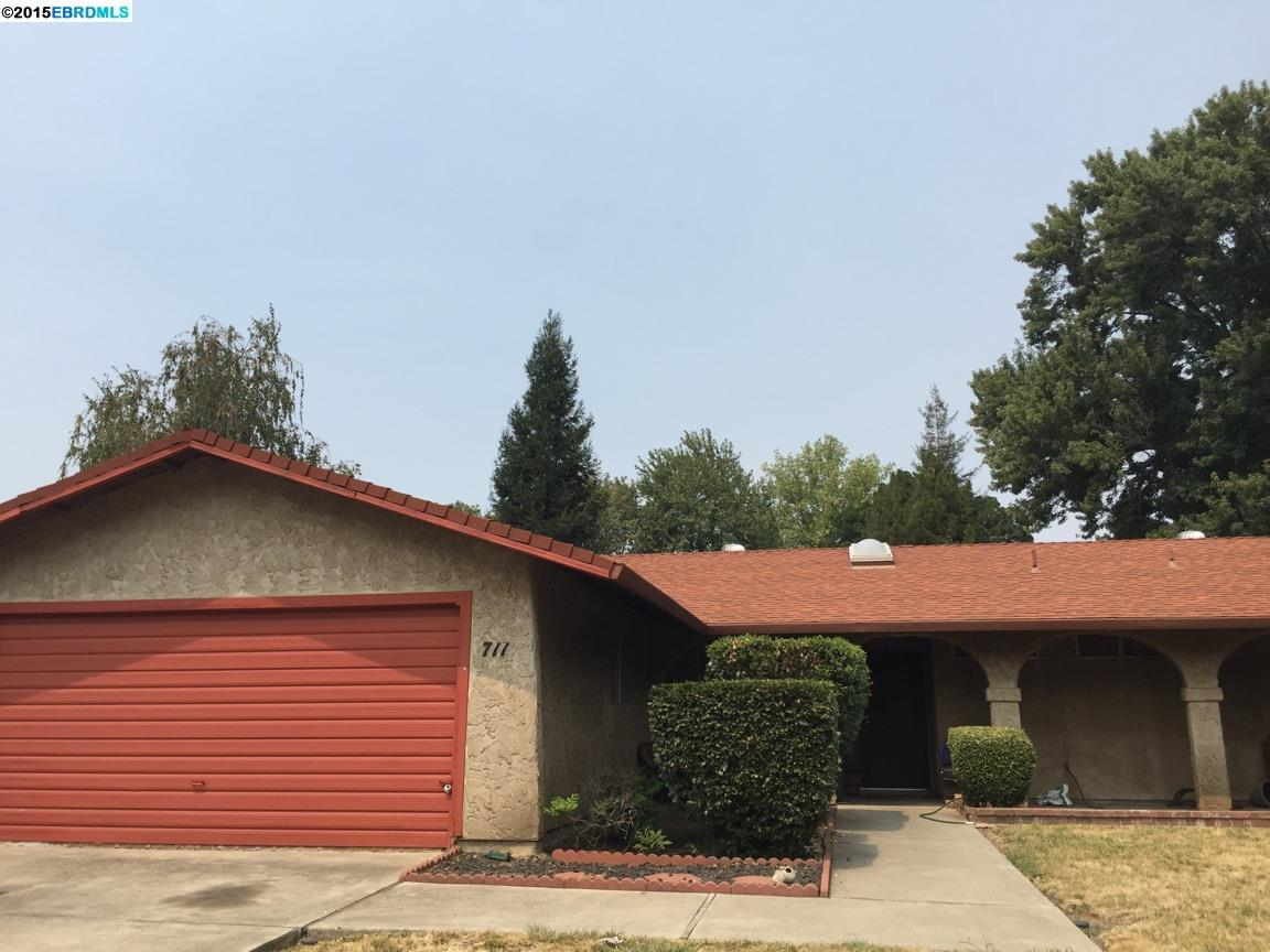 711 Waterford Dr, Chico, CA