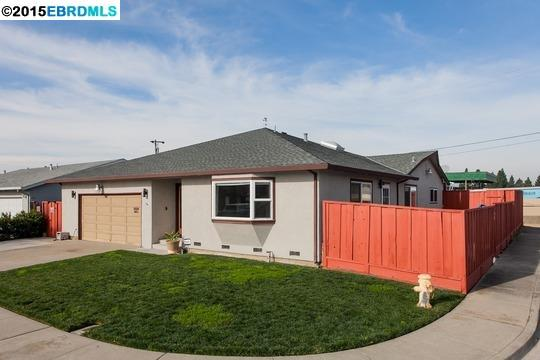 5051 Royal Palm Dr, Fremont, CA