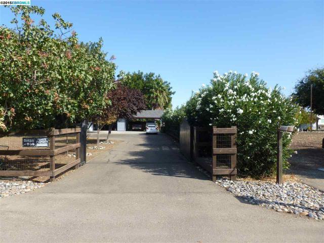 1560 Lone Oak Rd, Brentwood, CA