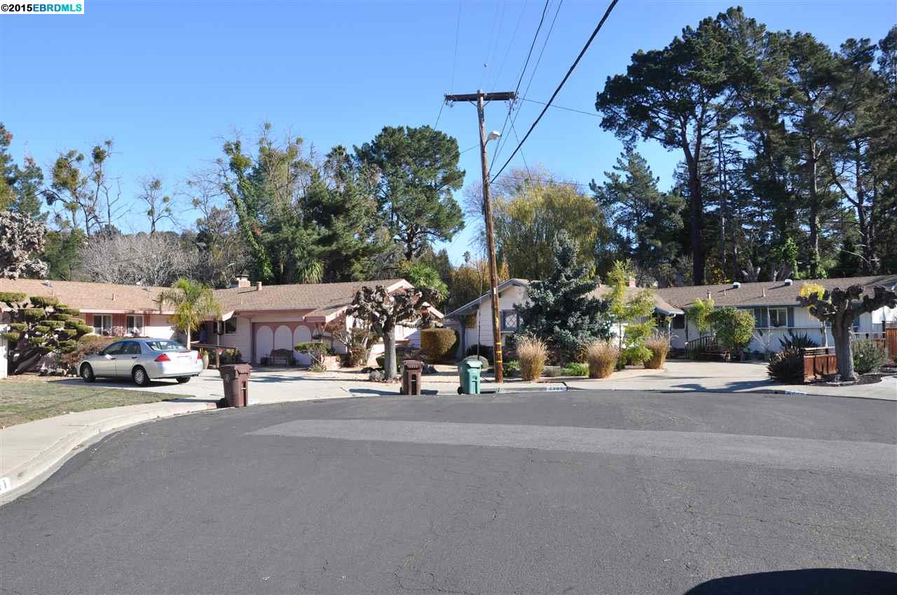 2359 And 2360 Granada Ct, Pinole, CA