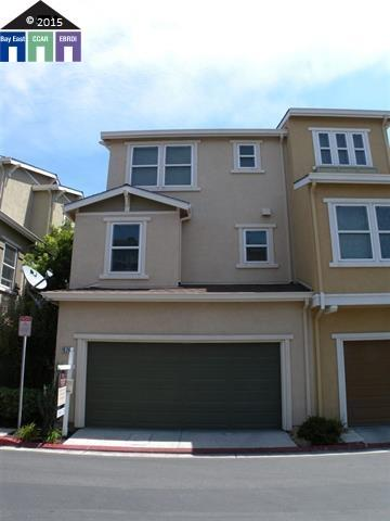 1074 Old Oak Ln, Hayward, CA