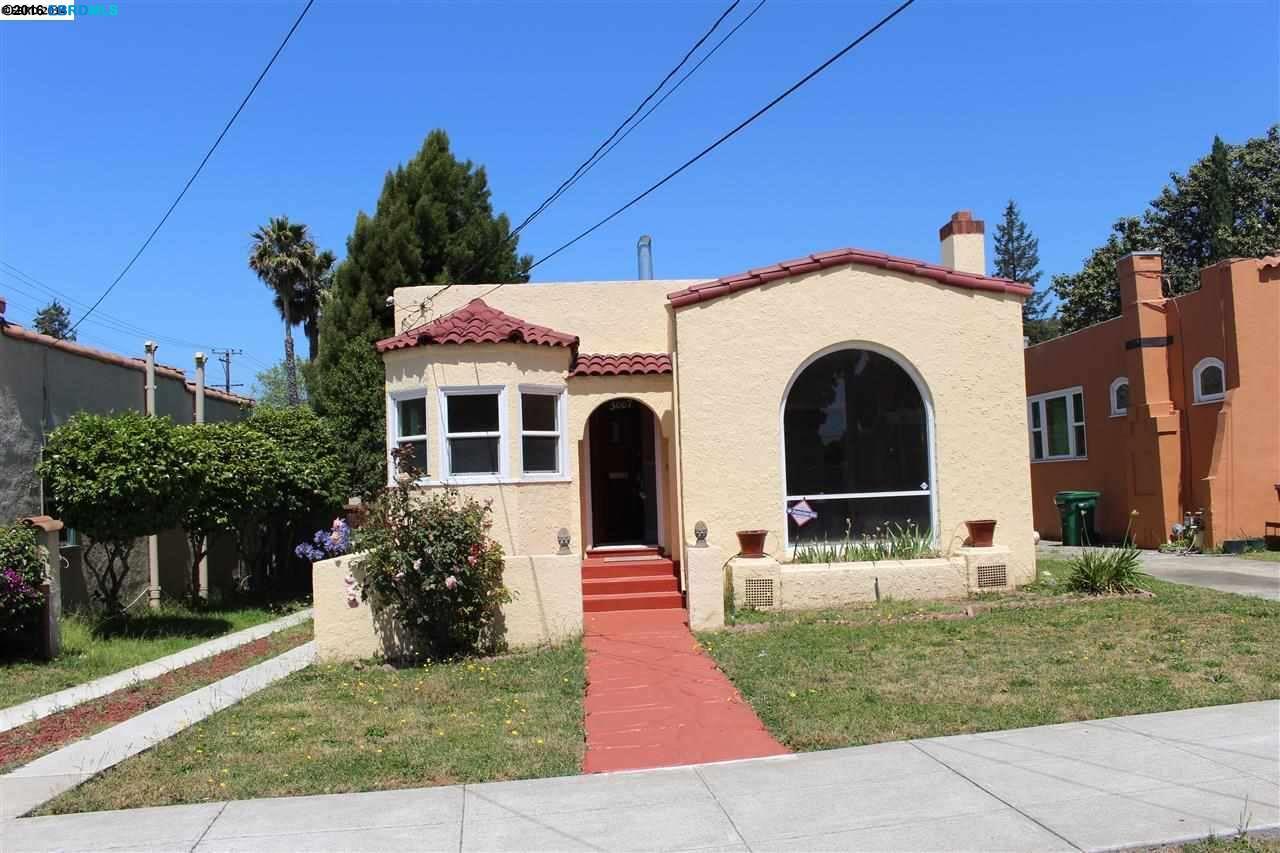 3007 Seminary Ave, Oakland, CA