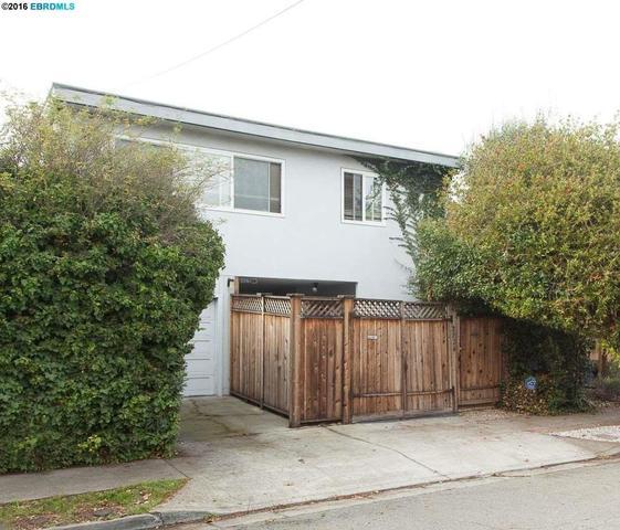 2824 Wallace St, Berkeley CA 94702