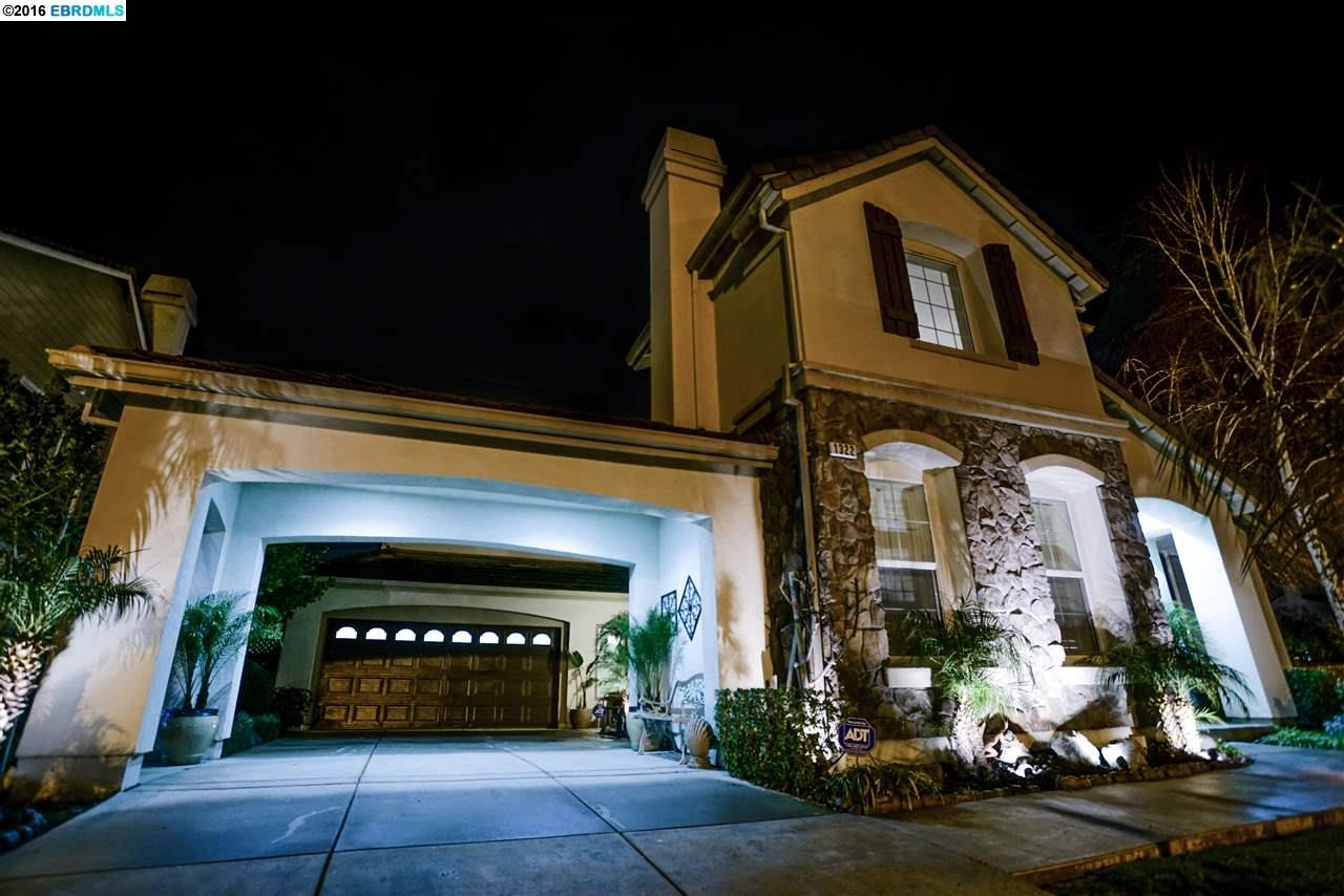 1322 Prominent Dr, Brentwood, CA