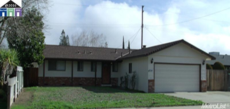 19060 Rio Verde St, Woodbridge, CA