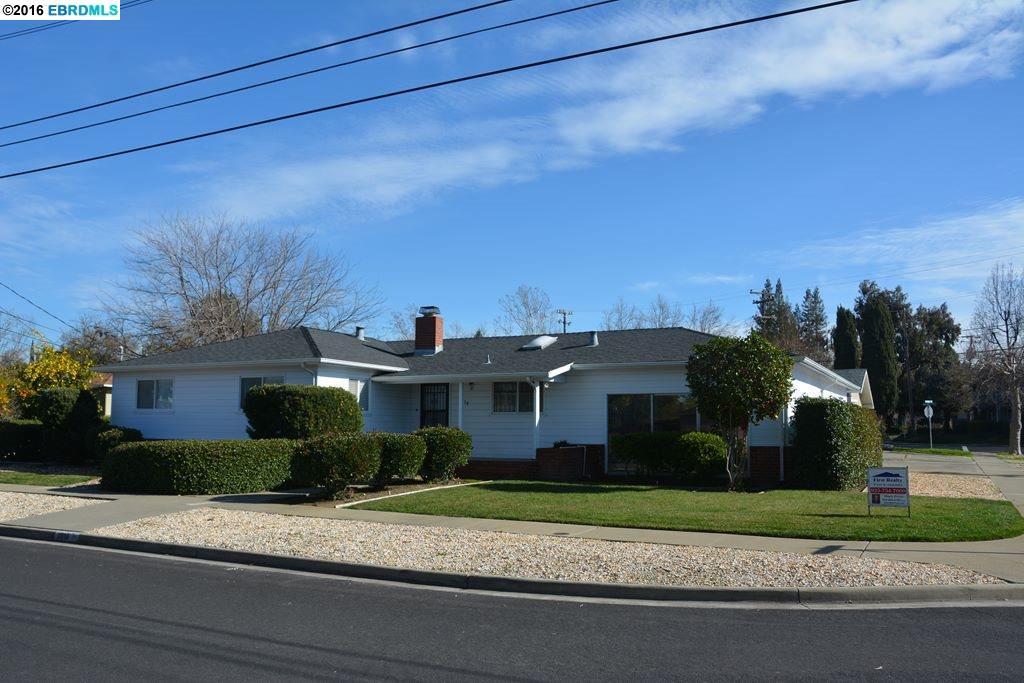 3918 Royal Arch Dr, Concord, CA