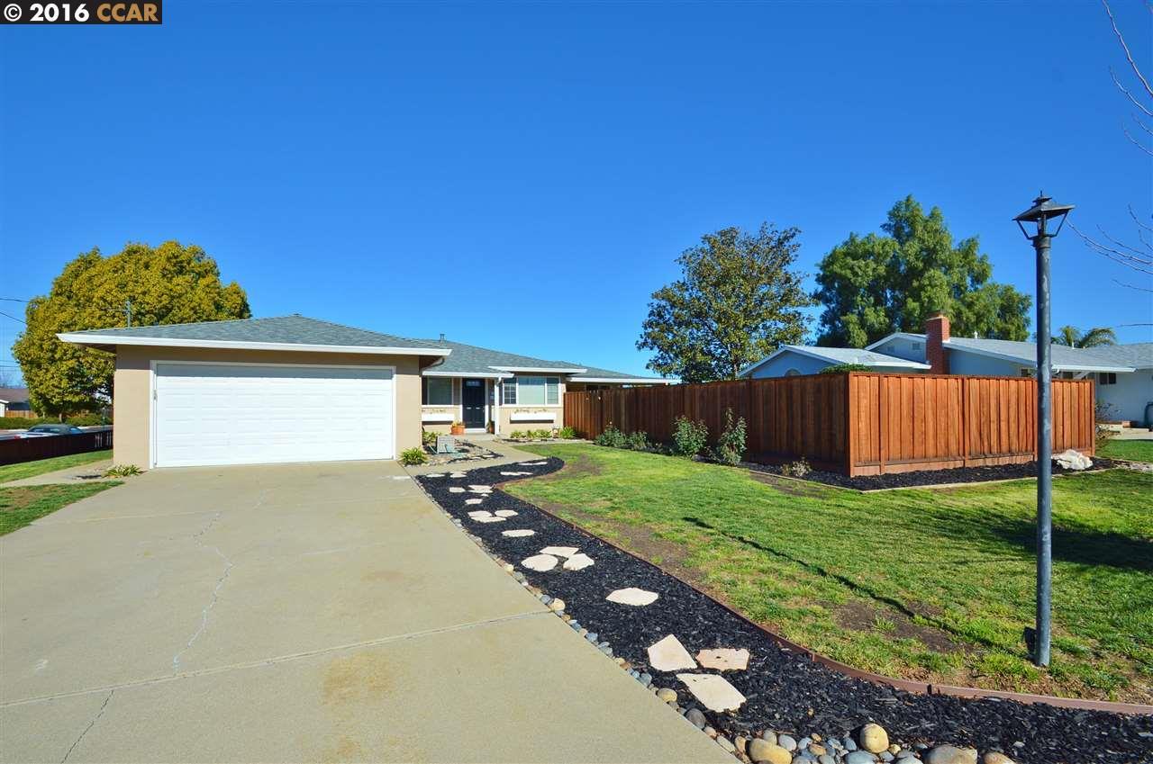 702 Alexander St, Livermore, CA