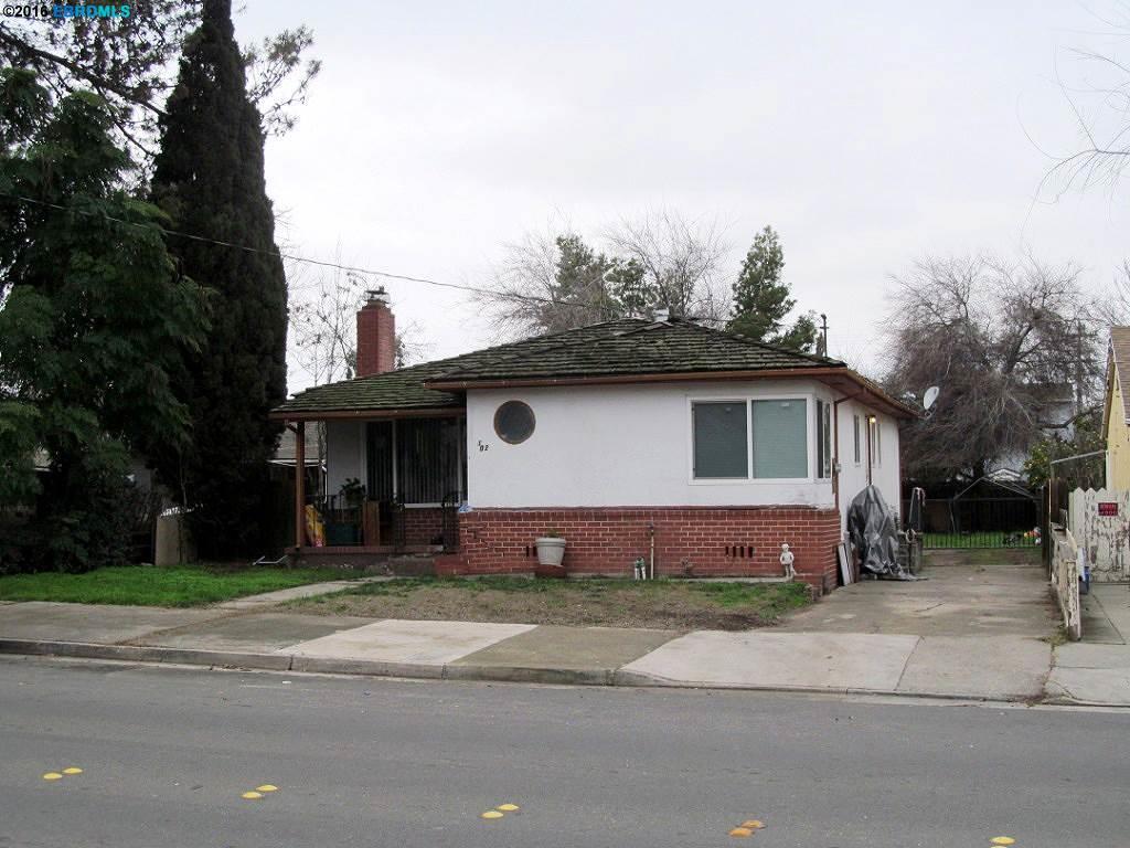 1102 D St, Antioch, CA