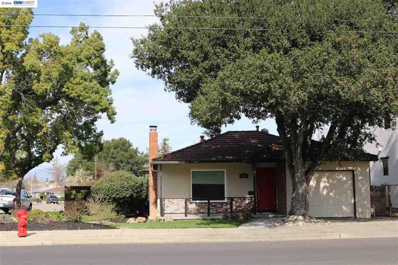 1704 College Ave, Livermore, CA