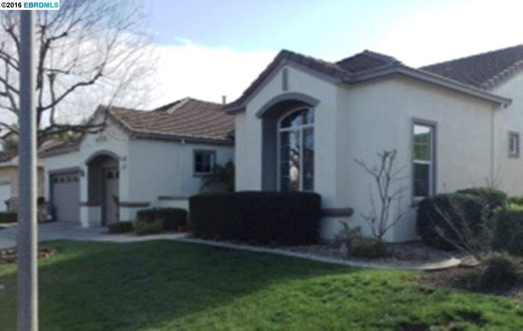 346 Gladstone Dr, Brentwood, CA