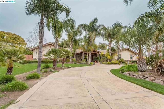 1340 Kay Ln, Oakley, CA