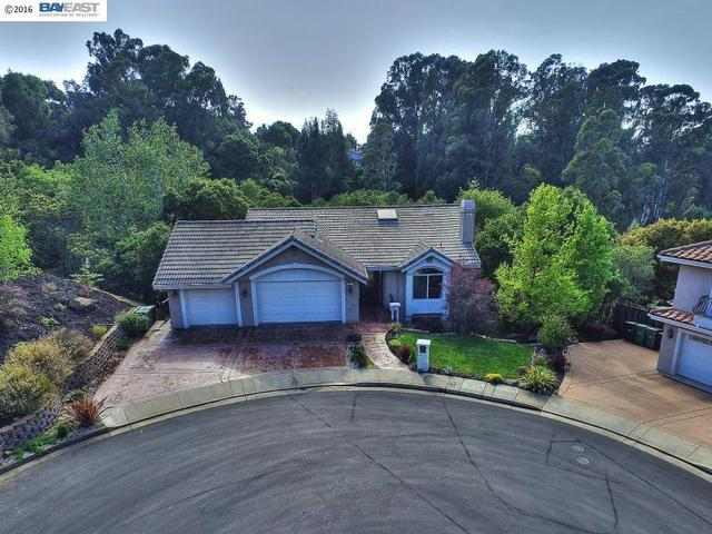 3967 Recreation Rd, Castro Valley, CA 94552