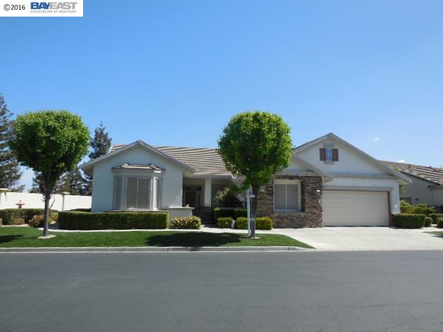304 Gladstone Dr, Brentwood, CA