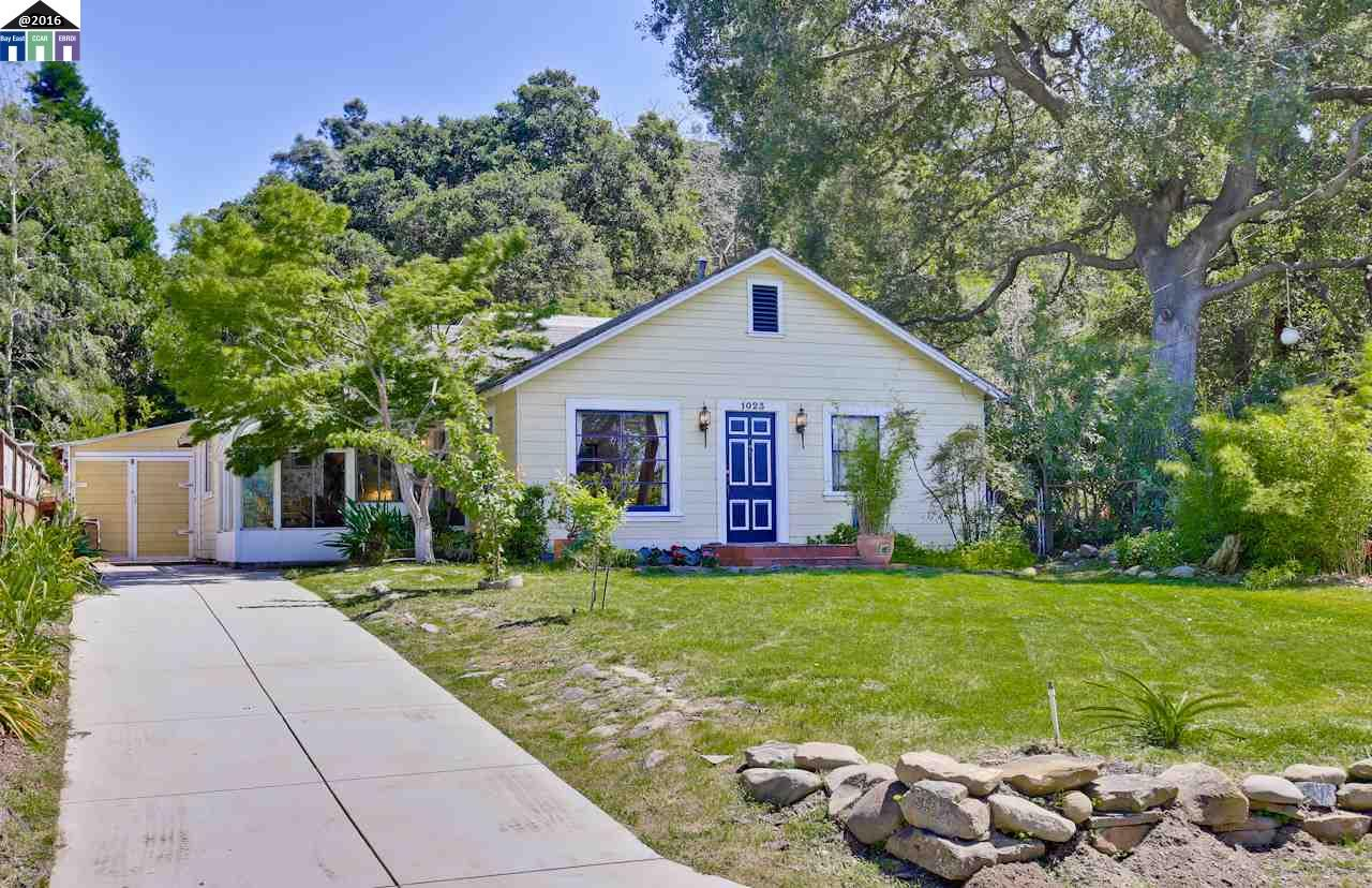 1023 Old Canyon Rd, Fremont, CA